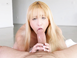 Wet Teen Mouth Opens Wide To Suck A Thick Cock