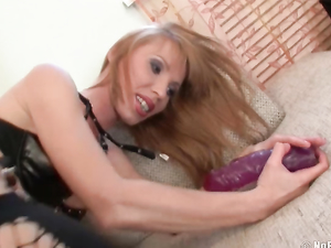 Solo Anal Slut Destroys Her Butt With Big Toys