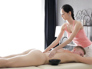 Massage Babe Climbs On His Cock And Rides Erotically